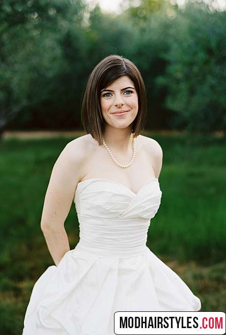 charming short wedding hairstyle